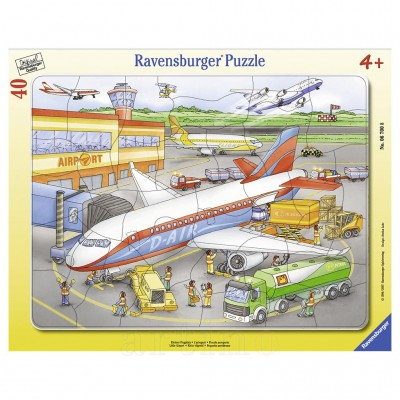 Puzzle Mic Aeroport, 40 Piese, Ravensburger