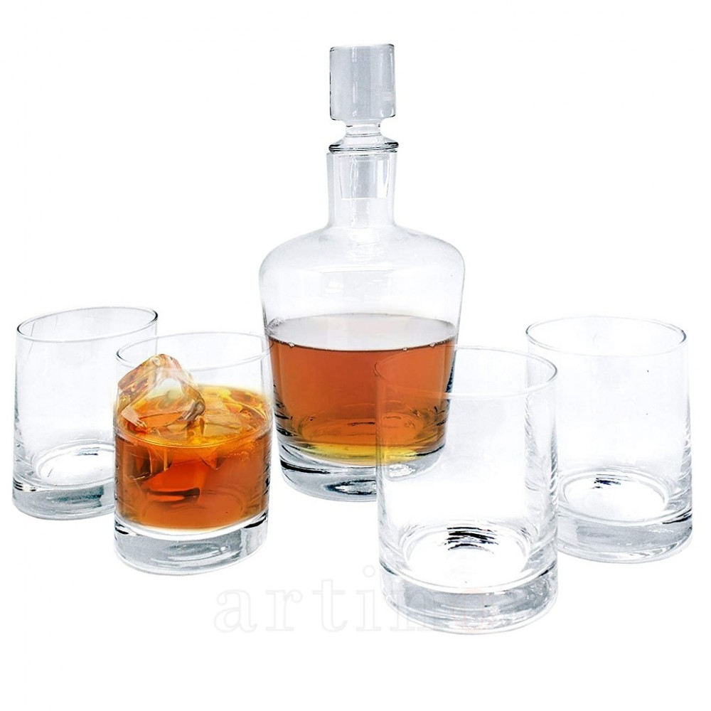 Set whisky decantor si 4 pahare